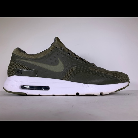 Nike Air Max Zero Essential 'Olive' Mens size 14